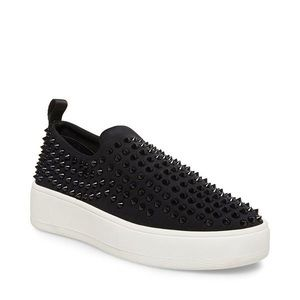 STEVE MADDEN Baxon Black With Studs Sneakers NWT
